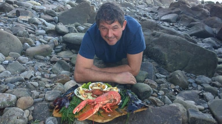 Coastal Foraging with Craig Evans